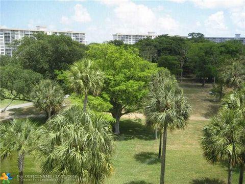 3800 Oaks Clubhouse Dr Apt 509, Pompano Beach, FL 33069