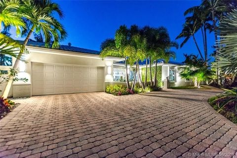 Photo of 5561 Bayview Dr, Fort Lauderdale, FL 33308