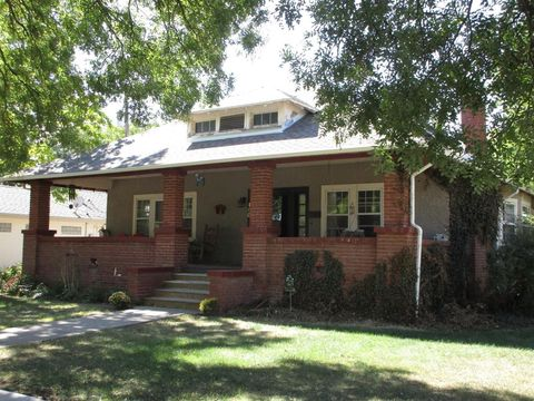 Photo of 460 N Grant Ave, Colby, KS 67701