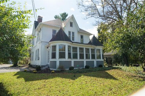 607 Wooster Pike, Terrace Park, OH 45174
