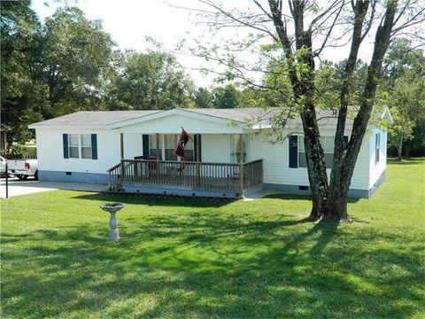 1911 Lee Land Rd Gainesville GA 30507