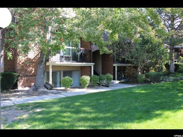 8117 S Cottonwood Hills Cir E, Sandy, UT 84094