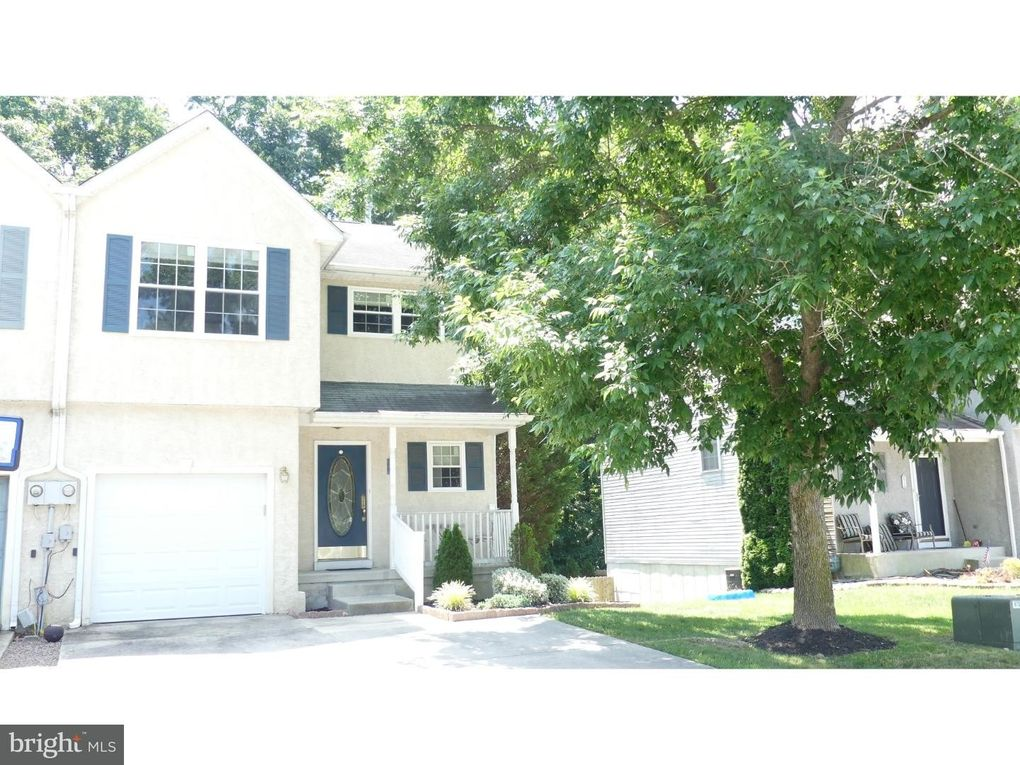 85 Arbour Ct Sewell, NJ 08080