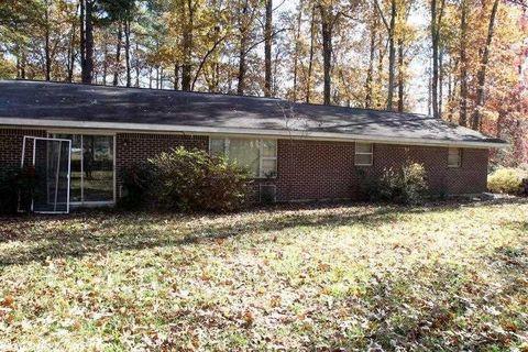 6512 Brinkley Rd, Pine Bluff, AR 71603