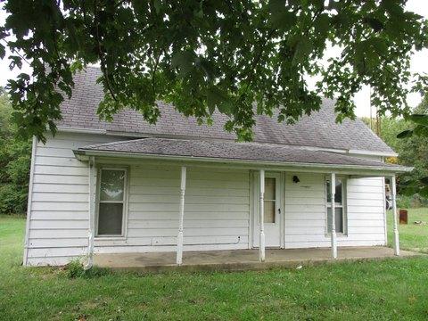 775 County Road 325 E, Norris City, IL 62869