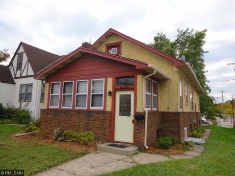 1677 Fernwood St, Saint Paul, MN 55108