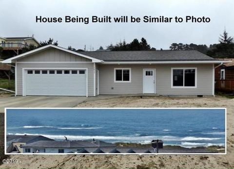 Photo of 1813 Nw Bayshore Dr, Waldport, OR 97394