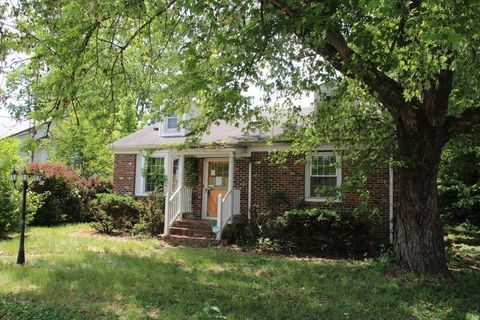 Photo of 345 River St, Hawesville, KY 42348