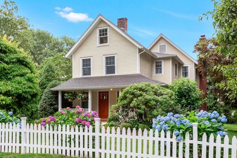 87 West Ave, Darien, CT 06820. House For Sale