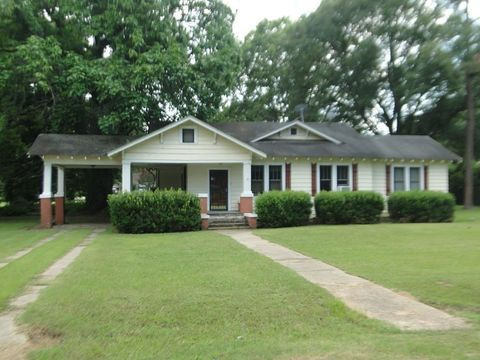 14636 Main St, Cruger, MS 38924
