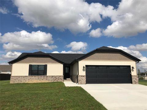 Photo of 921 W 2nd St, Aviston, IL 62216