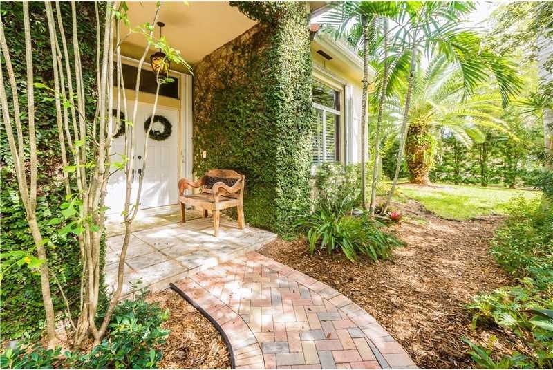 8443 Sw 137th St, Palmetto Bay, FL 33158 - realtor.com®
