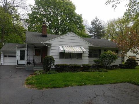 1547 Stone Rd, Rochester, NY 14615