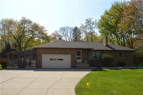 Photo of 8310 Broadview Rd, Broadview Heights, OH 44147