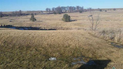 Photo of 613 E 2nd Ave, Beaver Creek, MN 56116