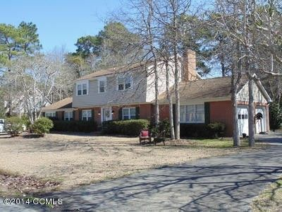 205 Tree Fern Dr, Morehead City, NC 28557