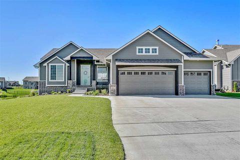 2923 N Woodridge Ct, Wichita, KS 67226