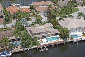 950 Hyacinth Dr, Delray Beach, FL 33483