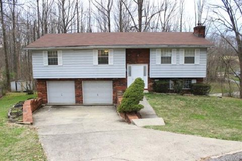 Photo of 1989 Sharon Rd, Ashland, KY 41101