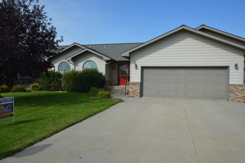 Photo of 13447 Sunset Dr, Groton, SD 57445