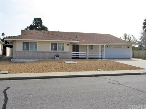 26290 Pine Valley Rd, Sun City, CA 92586