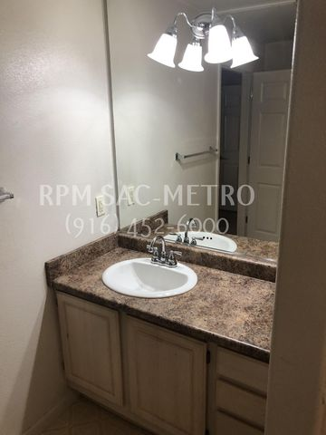 Photo of 501 Gibson Dr Apt 2012, Roseville, CA 95678