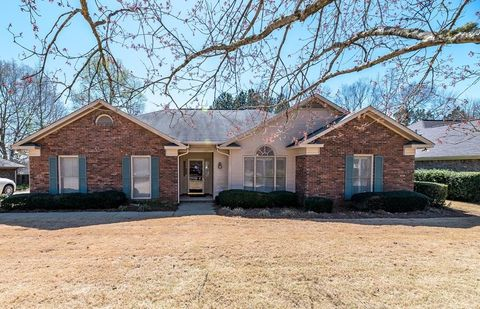 Photo of 4856 Spring Ridge Dr, Columbus, GA 31909