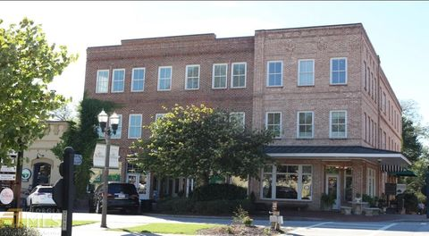 Photo of 42 Main St, Senoia, GA 30276