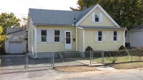 118 Lockland Ave, Ludlow, MA 01056