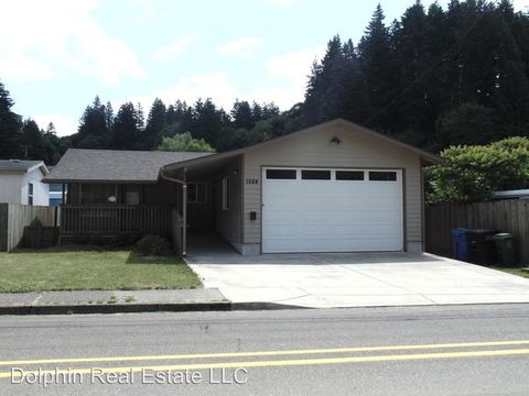Photo of 1024 Nw A St, Toledo, OR 97391