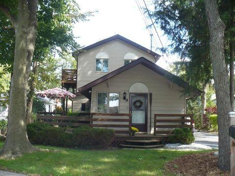 9 Lake Ave Unit 2, Fox Lake, IL 60020