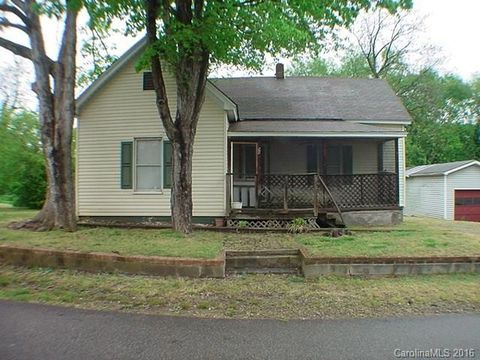 195 Davie St, Cooleemee, NC 27014
