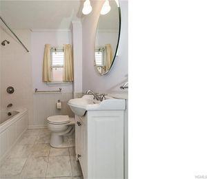 Bathroom Fixtures Yonkers Ny 93 sunnyside dr, yonkers, ny 10705 - realtor®