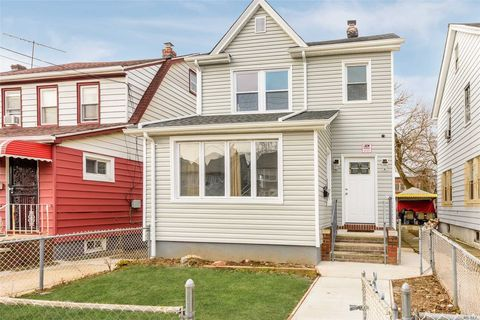 111-20 207th St, Queens Village, NY 11429