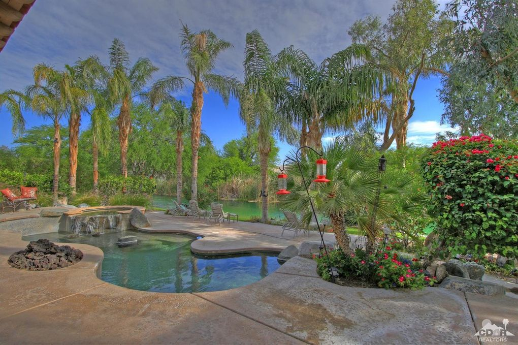 215 Loch Lomond Rd, Rancho Mirage, CA 92270