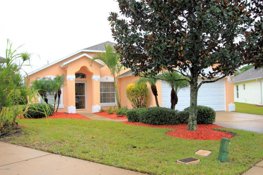 2090 Twelve Oaks Dr Se, Palm Bay, FL 32909