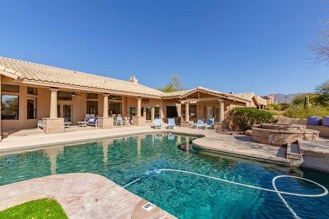 9049 E Los Gatos Dr, Scottsdale, AZ 85255