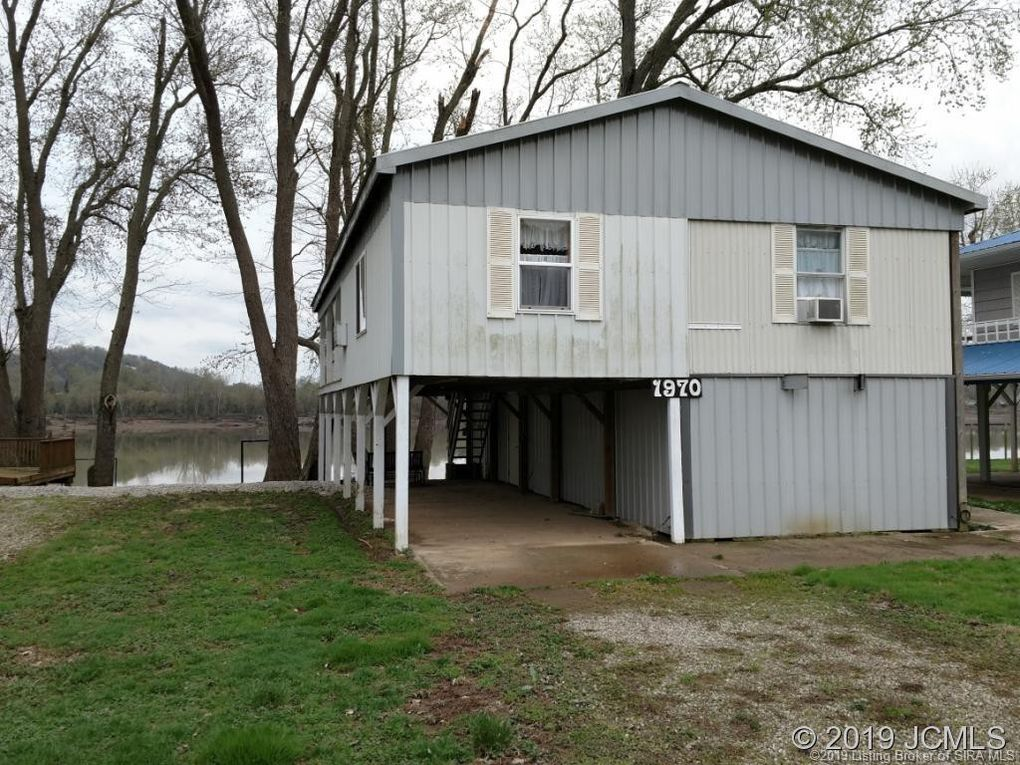 1970 Willow Haven Ln Vevay, IN 47043