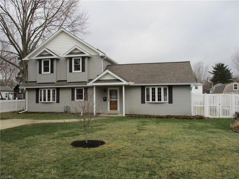 Amherst Oh Houses For Sale With Swimming Pool Realtorcom