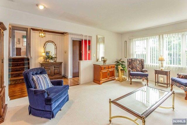 650 Bedroom Furniture Paramus Nj Best Free