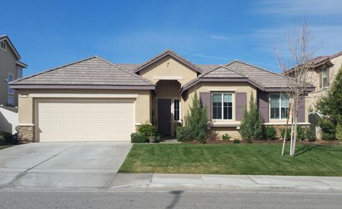 palmdale ca houses for sale with swimming pool