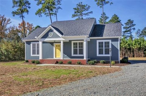1083 Green Hill Rd, Blackstone, VA 23824