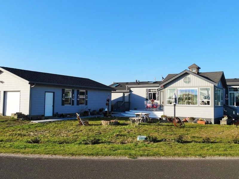 1908 nw admiralty cir waldport or 97394 home for sale
