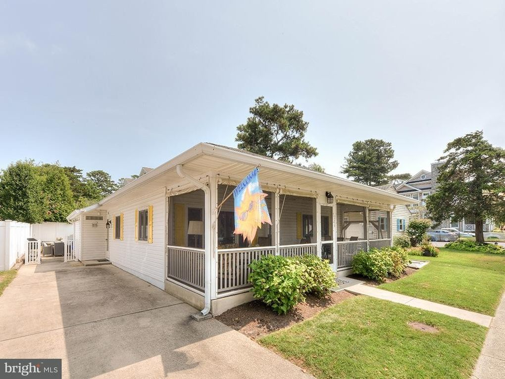206 Scarborough Ave, Rehoboth Beach, DE 19971