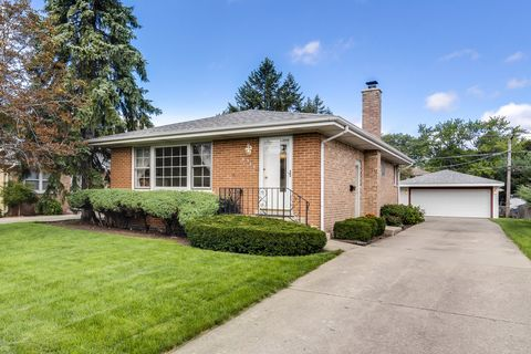 Photo of 8534 W Roseview Dr, Niles, IL 60714