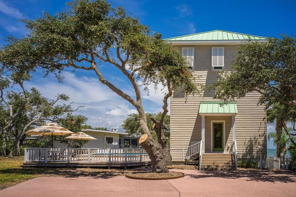 21 Old Cottage Beach Dr Rockport Tx 78382