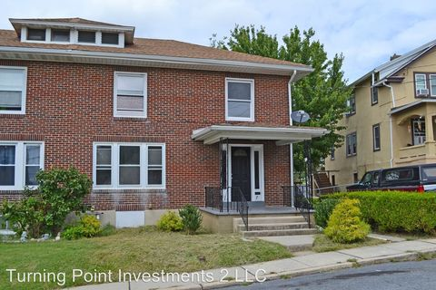 Photo of 7 Girard St, Reading, PA 19605