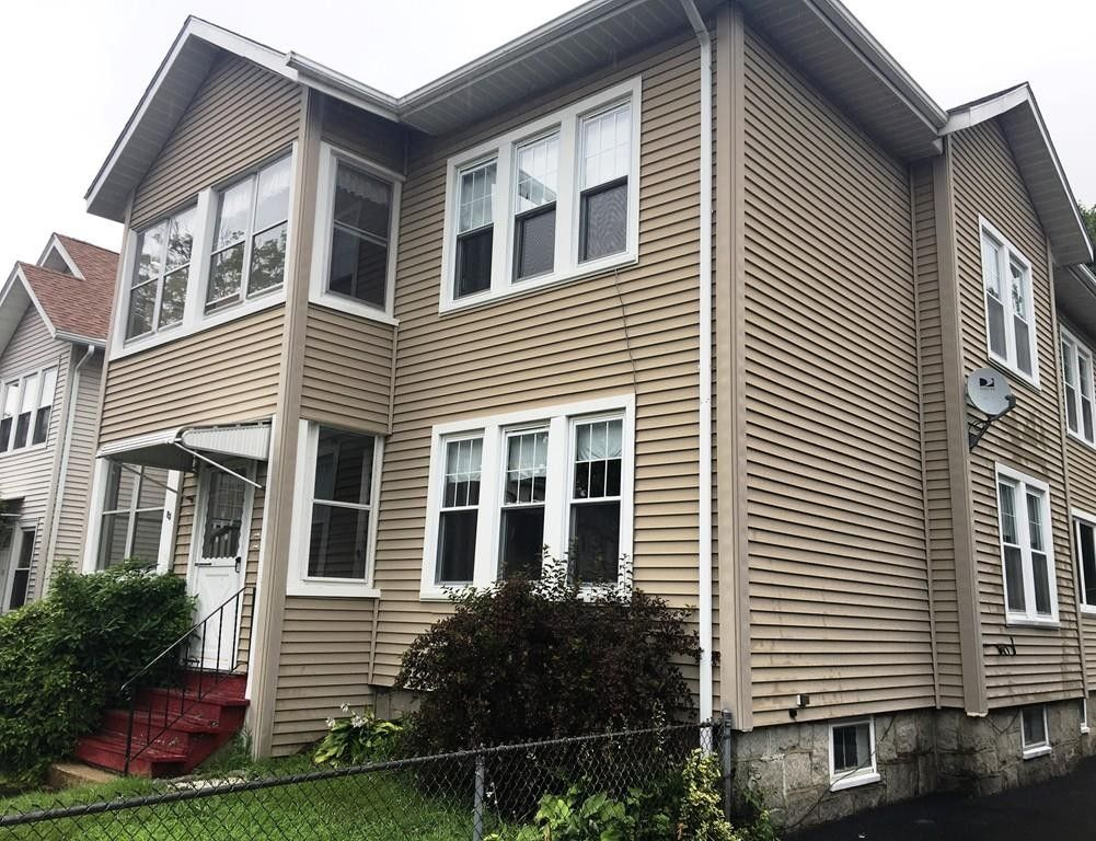 85 Delmont Ave Worcester, MA 01604