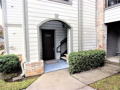 Photo of 350 Emerald Forest Blvd Apt 12105, Covington, LA 70433