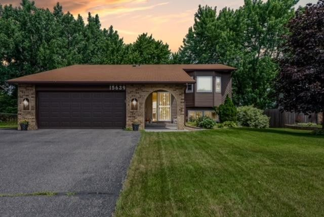 15639 Highview Ln, Apple Valley, MN 55124